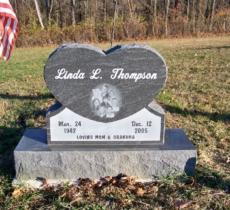 thompson-linda-l-buffalo-american-black-laser-portrait-single-heart-mudgetts-monuments