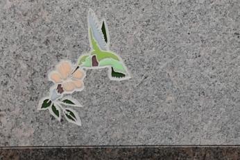 GlassAct Inlay 1 4 Mahogany With Hummingbird