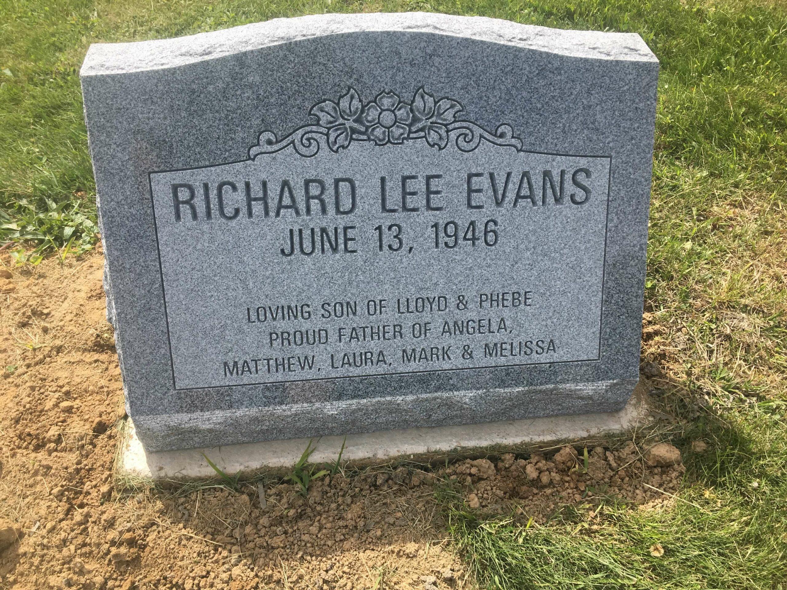 Evans, Richard Lee - Center Cem., 2-0, Gray