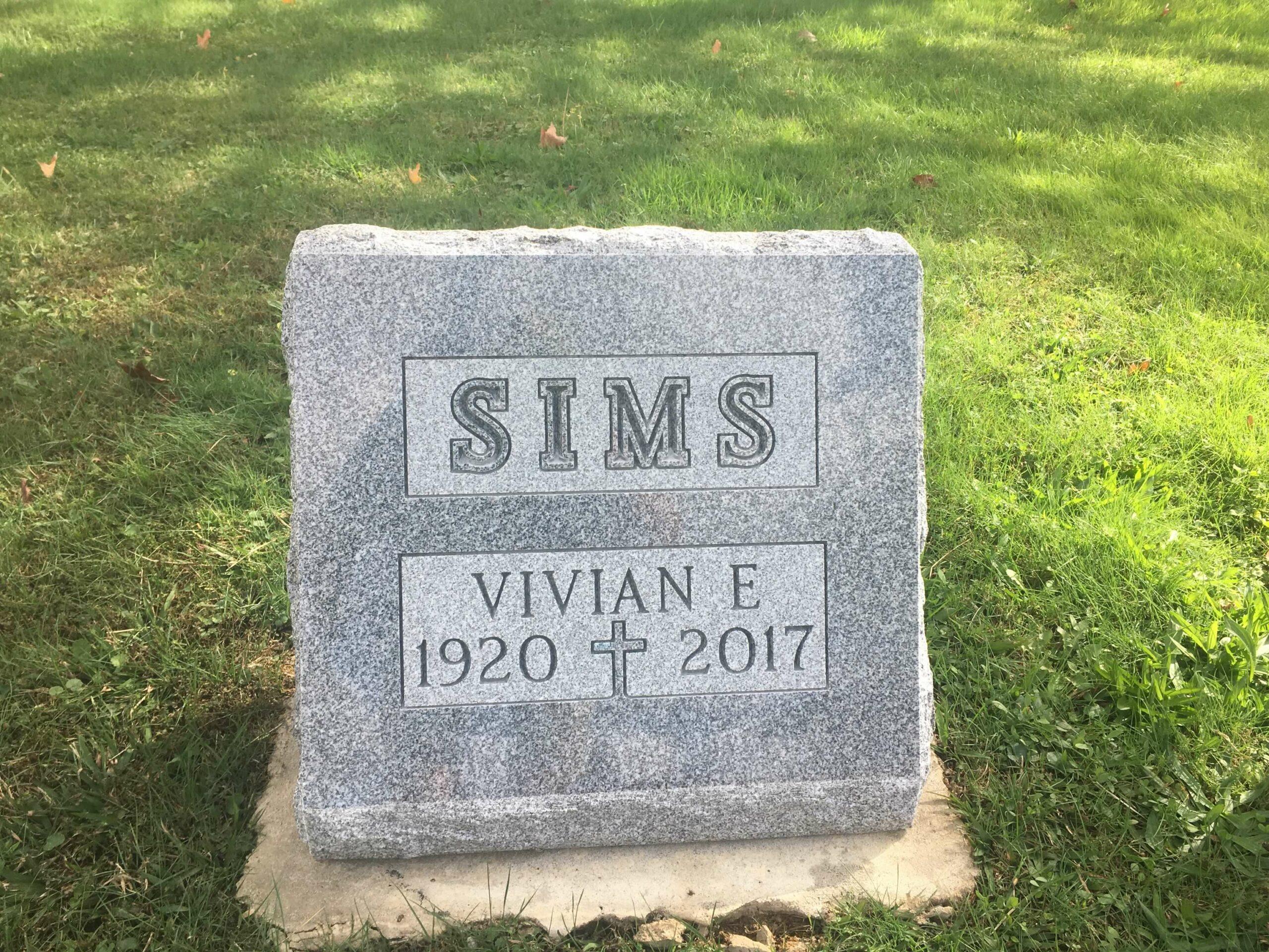Sims, Vivian - Mt. Olive Cem., Gray